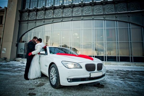 BMW 7-F01,F02