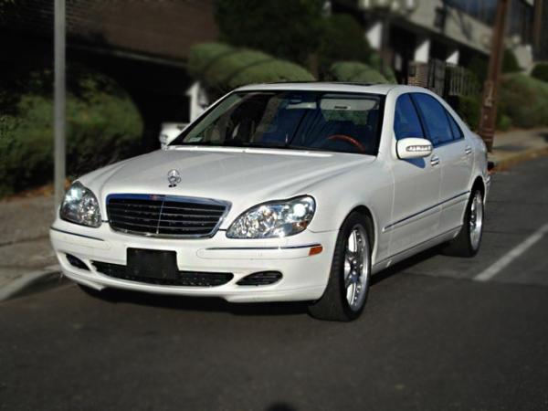 Mercedes S-220
